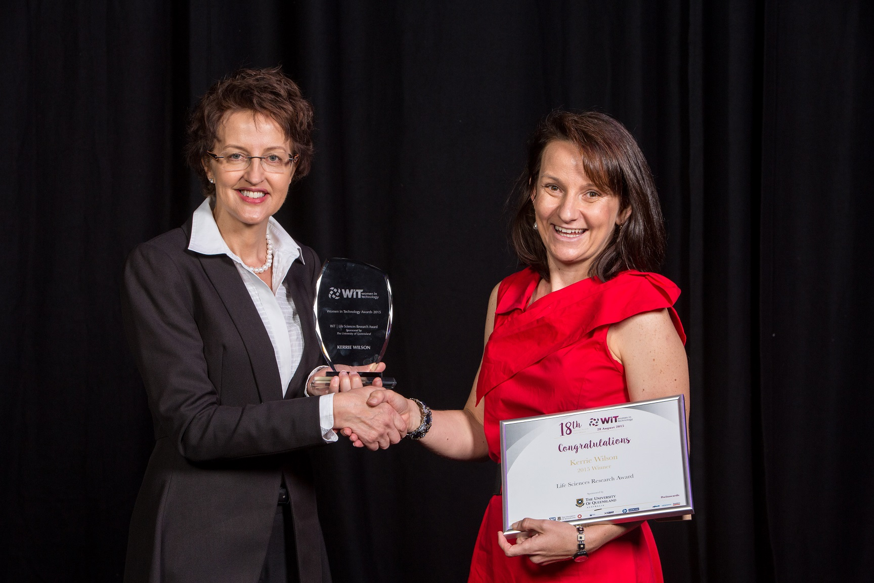 WIT award recipient Kerrie Wilson with UQ sponsor Prof Linda Richards